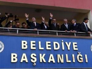 Muş'ta Cumhurbaşkanı Gül'ü gülümseten pankart